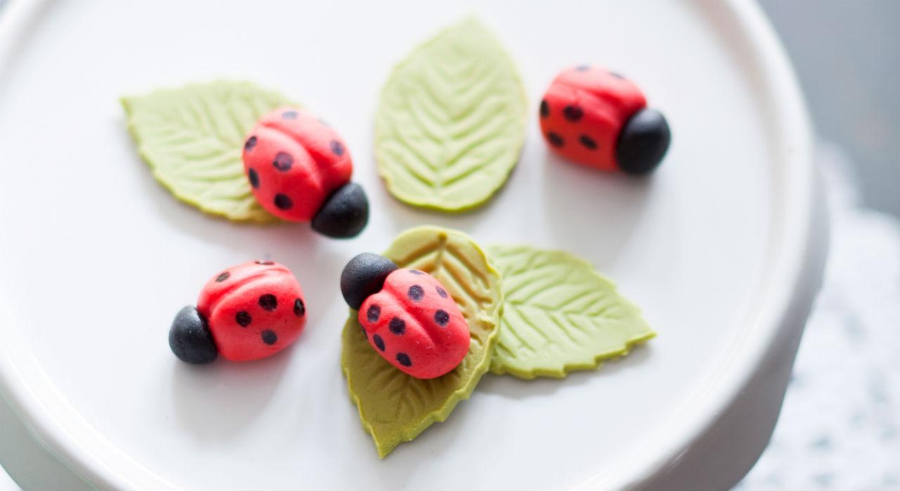 Cours de cuisine enfant à partir de 6 ans: Mercredi 14 juin de 14h à 16h : Astuces Pâte à sucre! (29€)