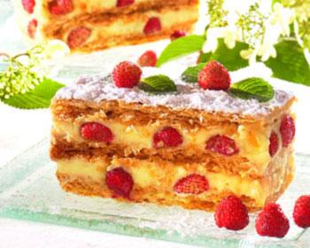 Millefeuille fraise – crème pâtissière au matcha