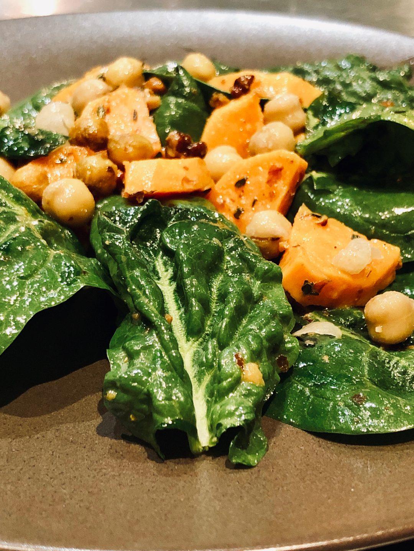 Salade de pousses d'épinards